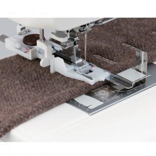 Швейная машина Janome Skyline S 3